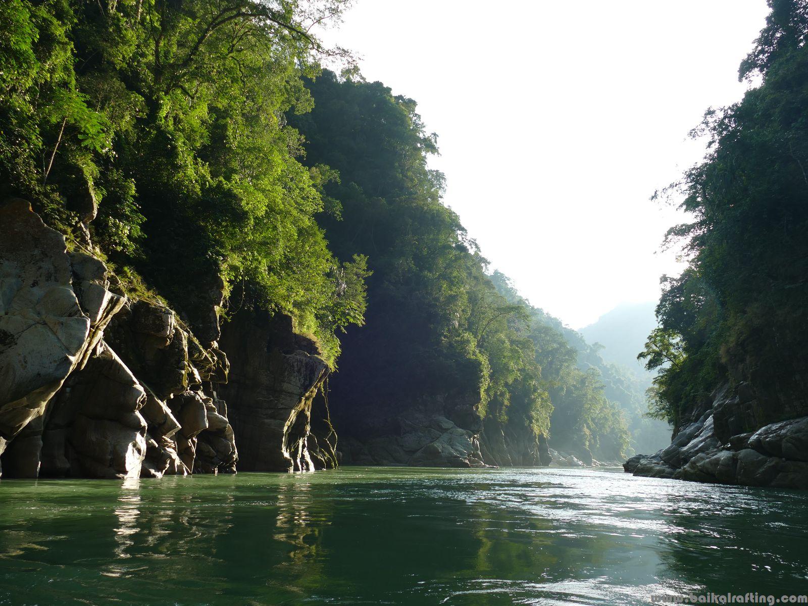 Каньон реки Каменг