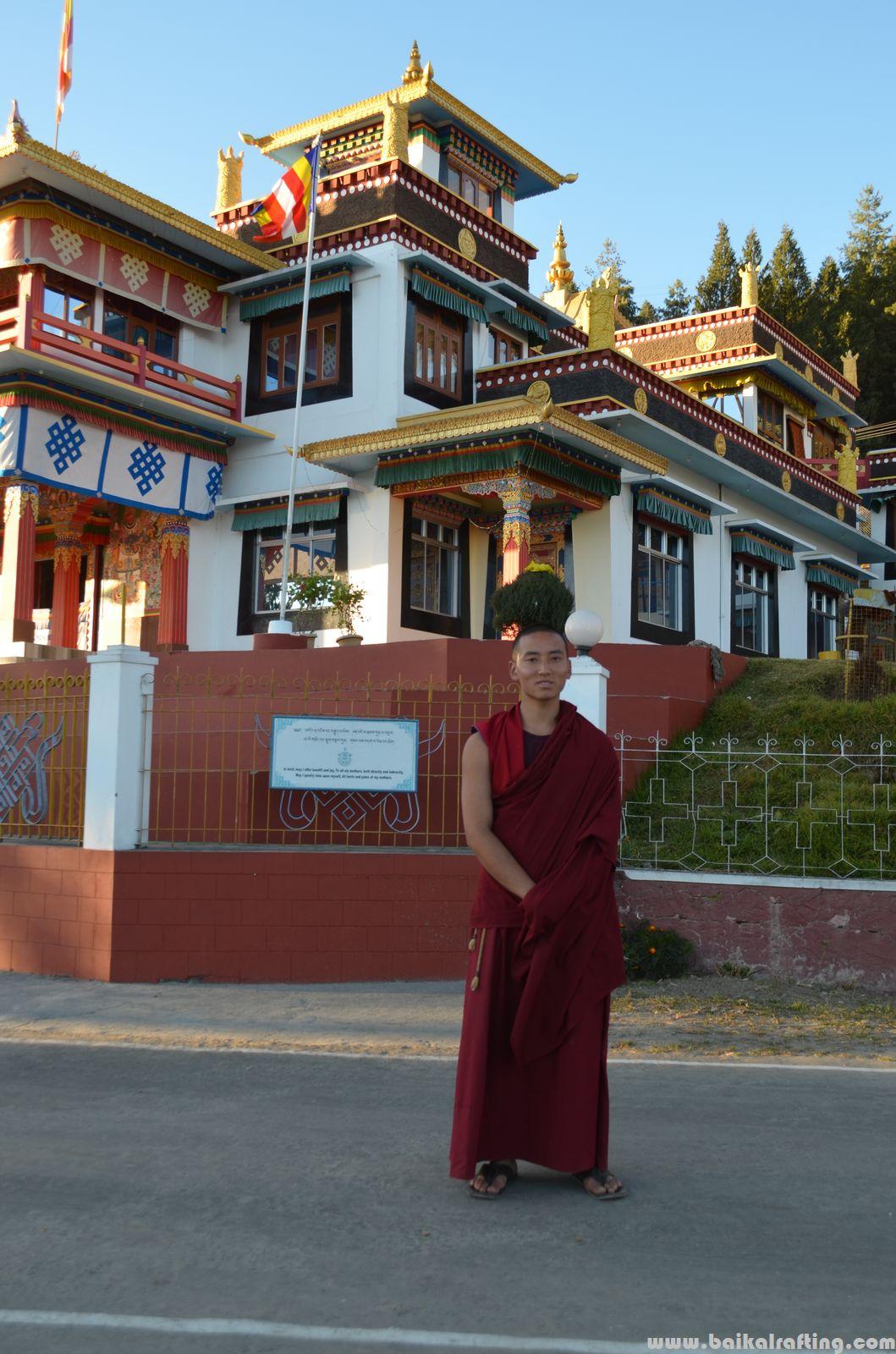 Буддистский монах Бомдила