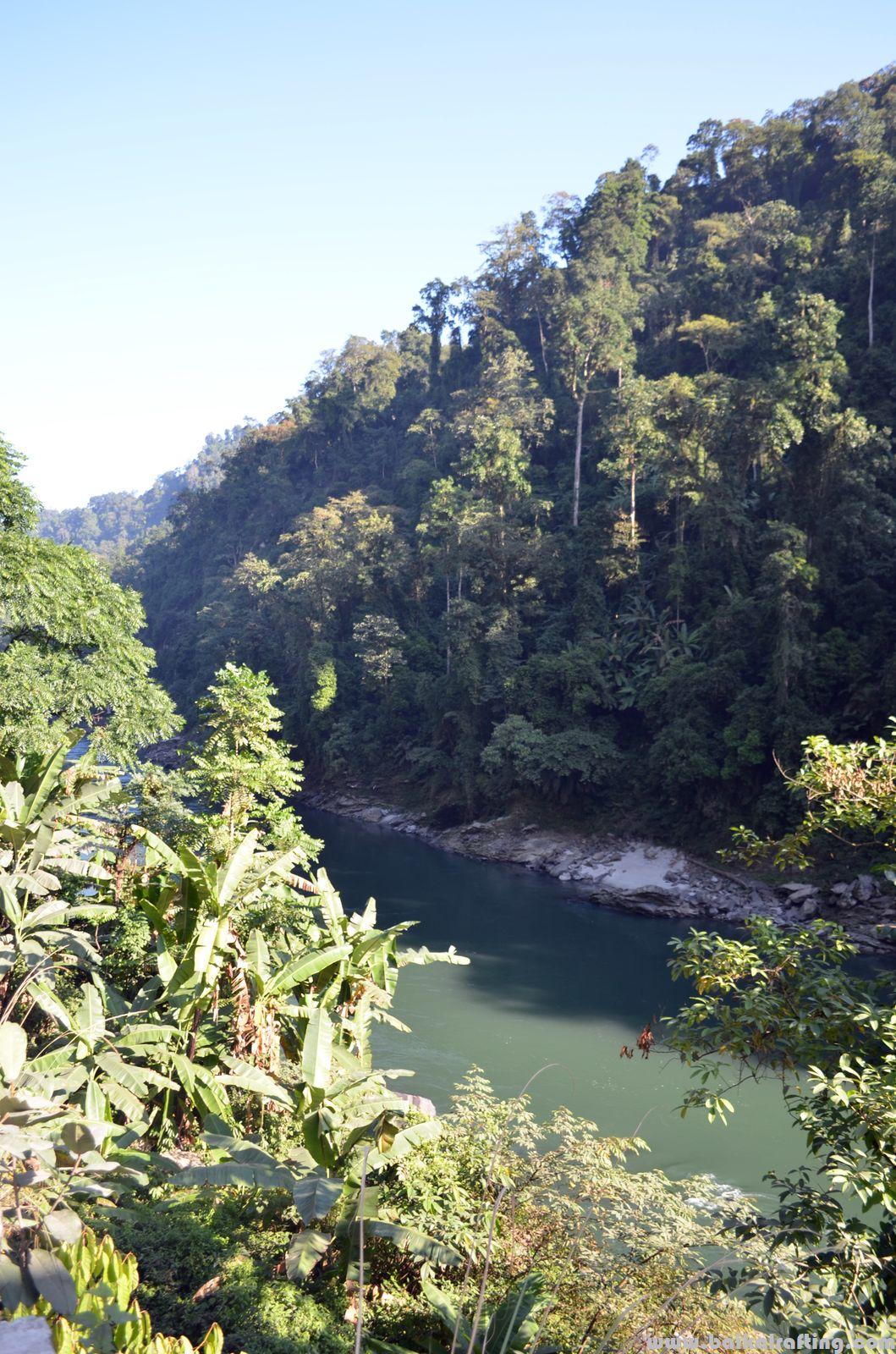 Река Каменг