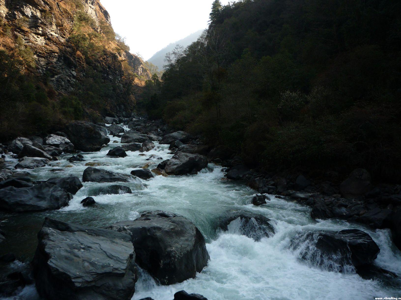 Река Таванг. Мост Джанг.