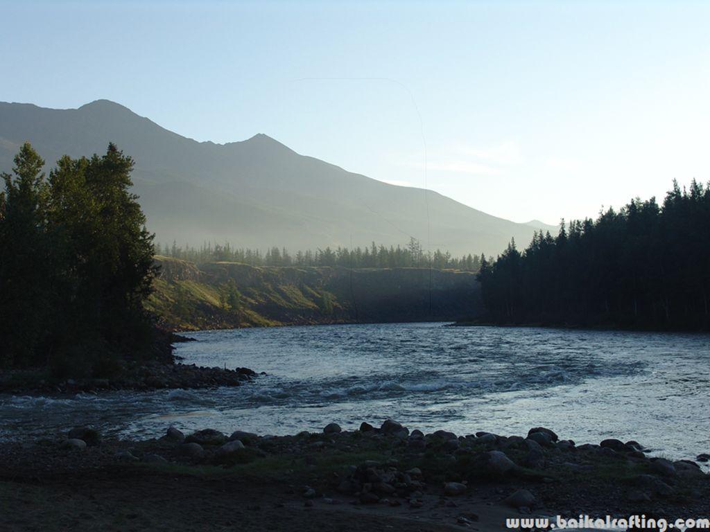 Впадение реки Жом Болок. Ока Саянская